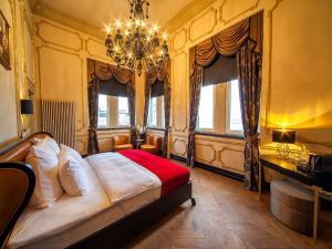 Säng eller sängar i ett rum på Nordstern Hotel Galata