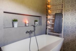 A bathroom at Luxury Villa