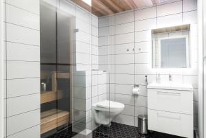 Kylpyhuone majoituspaikassa Apartment Pohjanpoika