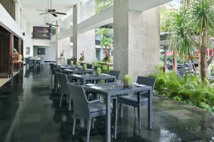 A restaurant or other place to eat at Pullman Bali Legian Beach