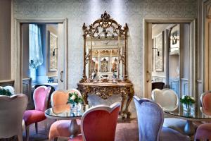 A restaurant or other place to eat at Château Monfort - Relais & Châteaux