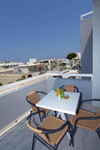 Parveke tai terassi majoituspaikassa Ialysos City Hotel