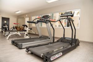 Das Fitnesscenter und/oder die Fitnesseinrichtungen in der Unterkunft Best Western PLUS Monterrey Airport