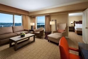 A seating area at Hyatt Regency Bellevue