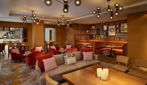 The lounge or bar area at Hyatt Regency Birmingham