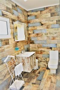 Ett badrum på Anelia Boutique Studios & Apartments