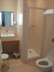 Salle de bains dans l'établissement Hôtel 17.4 - Lycée d'Hôtellerie et de Tourisme