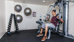 The fitness center and/or fitness facilities at Helnan Marselis Hotel