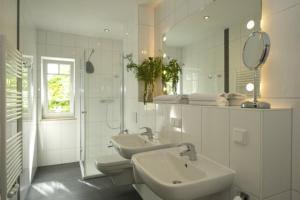 Ein Badezimmer in der Unterkunft Haus Ostseeblick