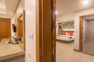 A bathroom at Chhay Long Angkor Boutique Hotel Siem Reap