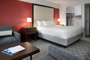 Letto o letti in una camera di Hyatt Regency Boston Harbor