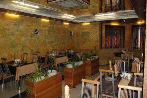 Ресторан / где поесть в Отель Центр 300