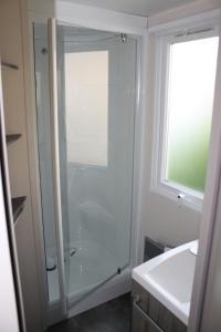 A bathroom at Camping des Roses