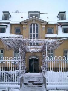 Hotel Regenbogenhaus im Winter