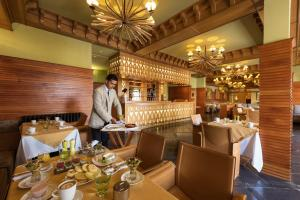 A restaurant or other place to eat at Michlifen Resort & Golf