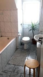 Ein Badezimmer in der Unterkunft Gasthof Haus Bleich