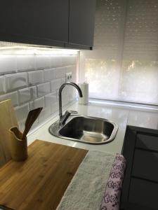 A kitchen or kitchenette at Apartamento Avenida de Colón