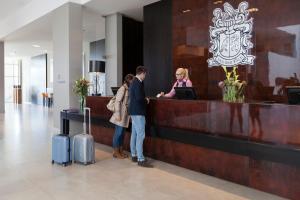 Mitarbeiter der Unterkunft Van der Valk Airporthotel Düsseldorf