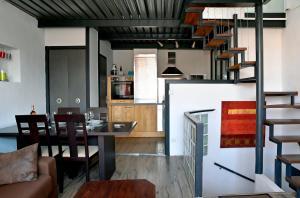 A kitchen or kitchenette at Duplex Panier
