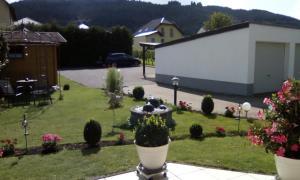 A garden outside Haus Reitz