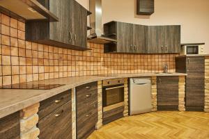 旺巴斯利卡旅舍廚房或簡易廚房
