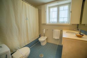 A bathroom at Hotel do Templo