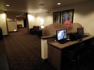 A television and/or entertainment center at Aspen Suites Hotel Juneau