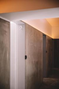 A bathroom at Santa Bica Eat Drink & Sleep