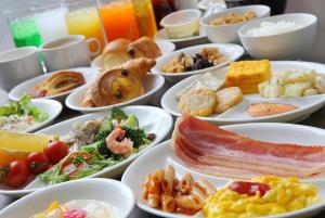 Breakfast options available to guests at Ours Inn Hankyu