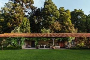 A garden outside Quinta Da Bouca D'Arques