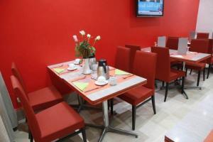 مطعم أو مكان آخر لتناول الطعام في فندق الباشا