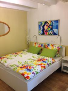 A bed or beds in a room at Natur pur