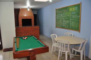 Mesa de bilhar em Curitiba Casa Hostel