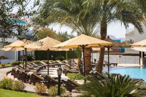 Басейн в Sultan Gardens Resort або поблизу