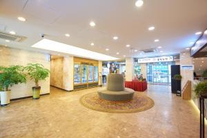 The lobby or reception area at Shin Shin Hotel