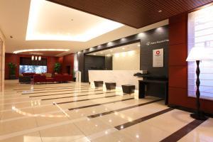 The lobby or reception area at Daiwa Roynet Hotel Sakai Higashi