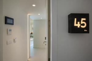 A bathroom at Snooz Ap Holiday & Business Flats