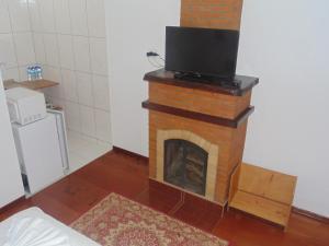 A cozinha ou cozinha compacta de Chales Marigu