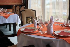 A restaurant or other place to eat at Spa Hotel Ata