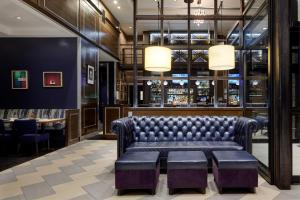 The lounge or bar area at Archer Hotel New York