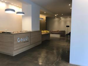 O saguão ou recepção de Gaudi Loft Design