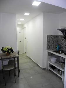 A kitchen or kitchenette at That's amore