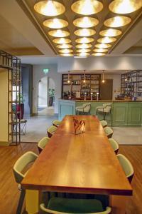 Лаундж или бар в Best Western Plus Nottingham Westminster Hotel