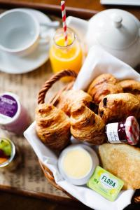 Breakfast options available to guests at Hotel du Vin Birmingham