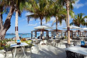 A restaurant or other place to eat at The Westin Grand Cayman Seven Mile Beach Resort & Spa