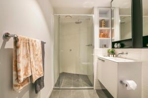 A bathroom at Quest Flemington Central