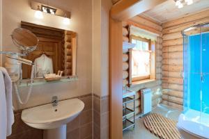 Ванная комната в Отель Семигорье