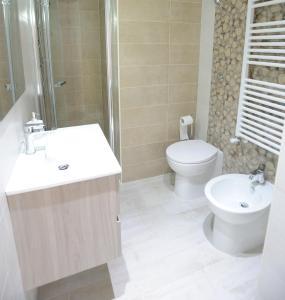 A bathroom at Arianna