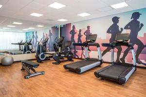 The fitness center and/or fitness facilities at Hyatt Place Corpus Christi