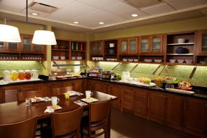 A restaurant or other place to eat at Hyatt Place Corpus Christi